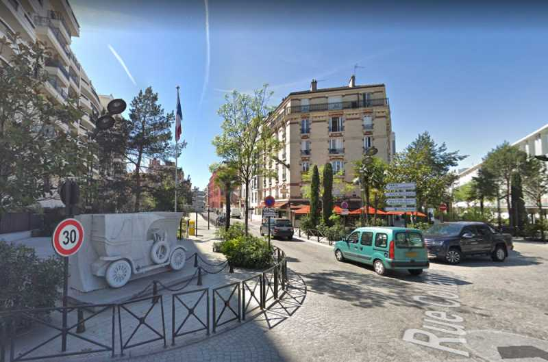 Photo du bien :  à Louer Locaux commerciaux 92300 LEVALLOIS PERRET offre 798493