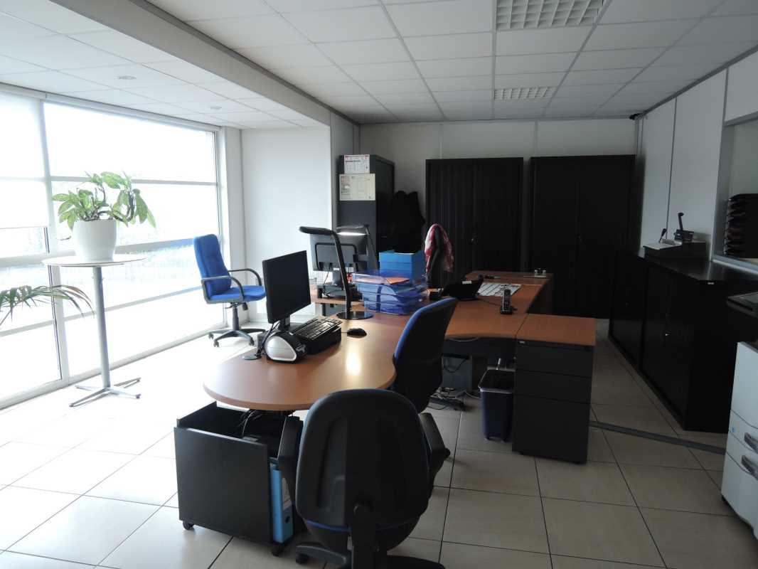 Photo du bien :  à Louer Locaux d'activité 77400 THORIGNY SUR MARNE offre 800866