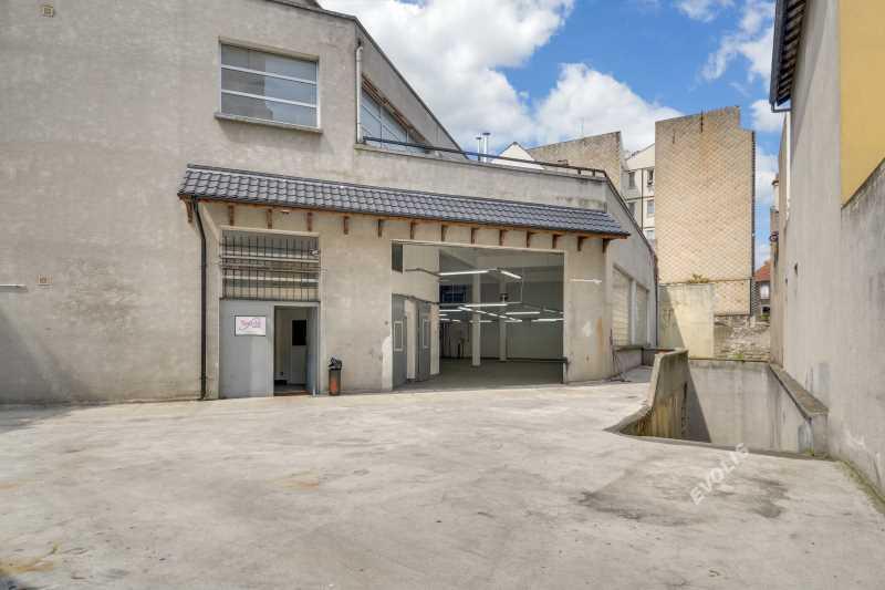 Photo du bien :  à Louer Locaux d'activité 93300 AUBERVILLIERS offre 805349