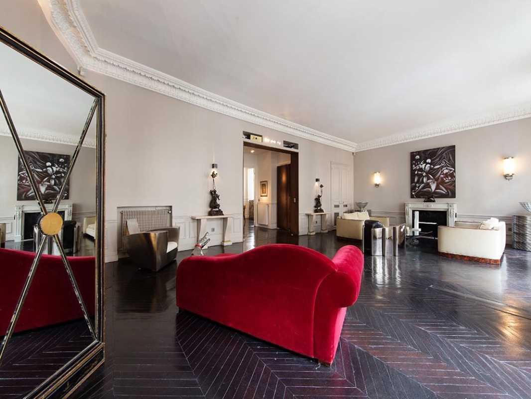Photo du bien :  à Louer Bureaux 75008 PARIS offre 807772