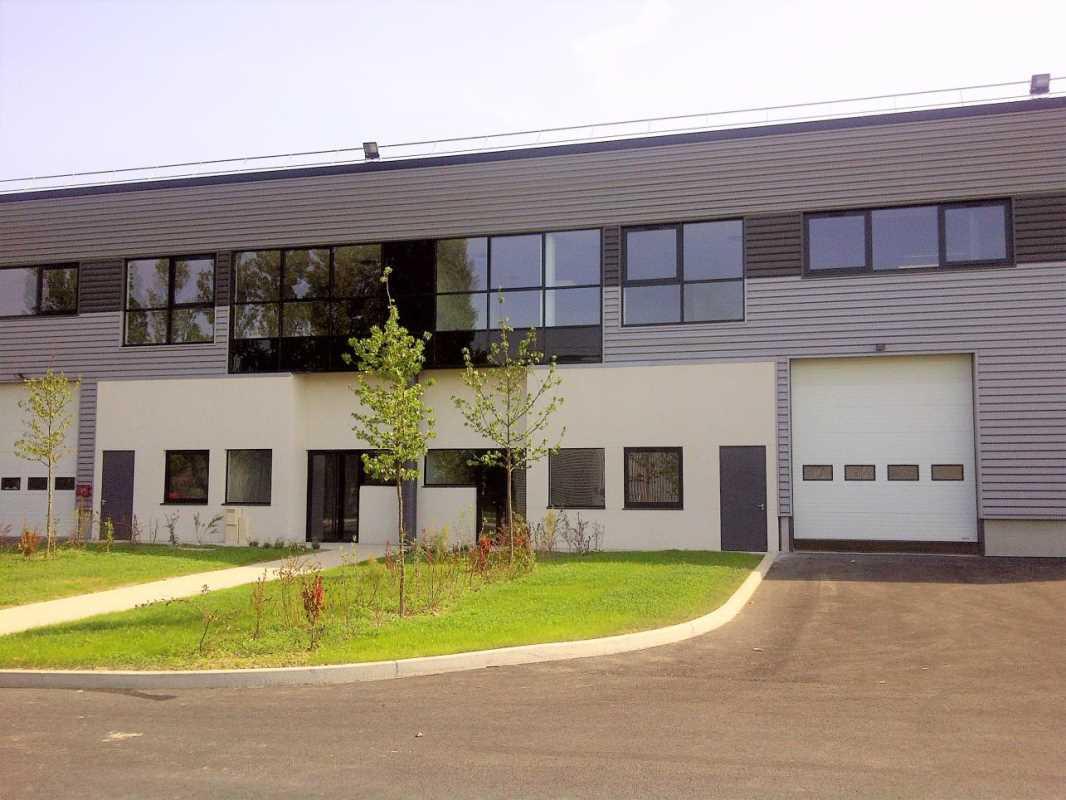 Photo du bien :  à Louer Locaux d'activité 93120 LA COURNEUVE offre 810288
