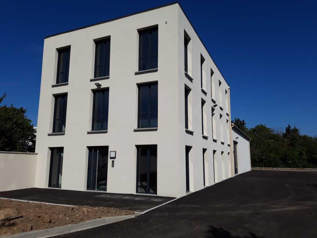 Photo du bien :  à Louer Bureaux et Activités 91830 LE COUDRAY MONTCEAUX offre(...)
