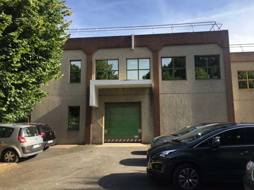 Photo du bien :  à Louer Locaux d'activité 92220 BAGNEUX offre 817553