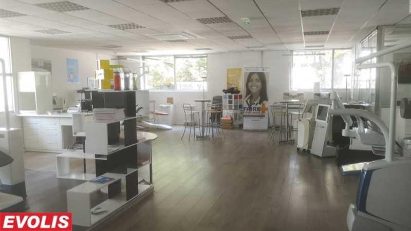 Photo du bien :  à Louer Locaux d'activité 33600 PESSAC offre 817791