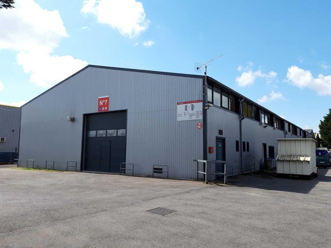 Photo du bien :  à Louer Entrepôt et Locaux d'activité 91220 BRETIGNY SUR ORGE offre(...)