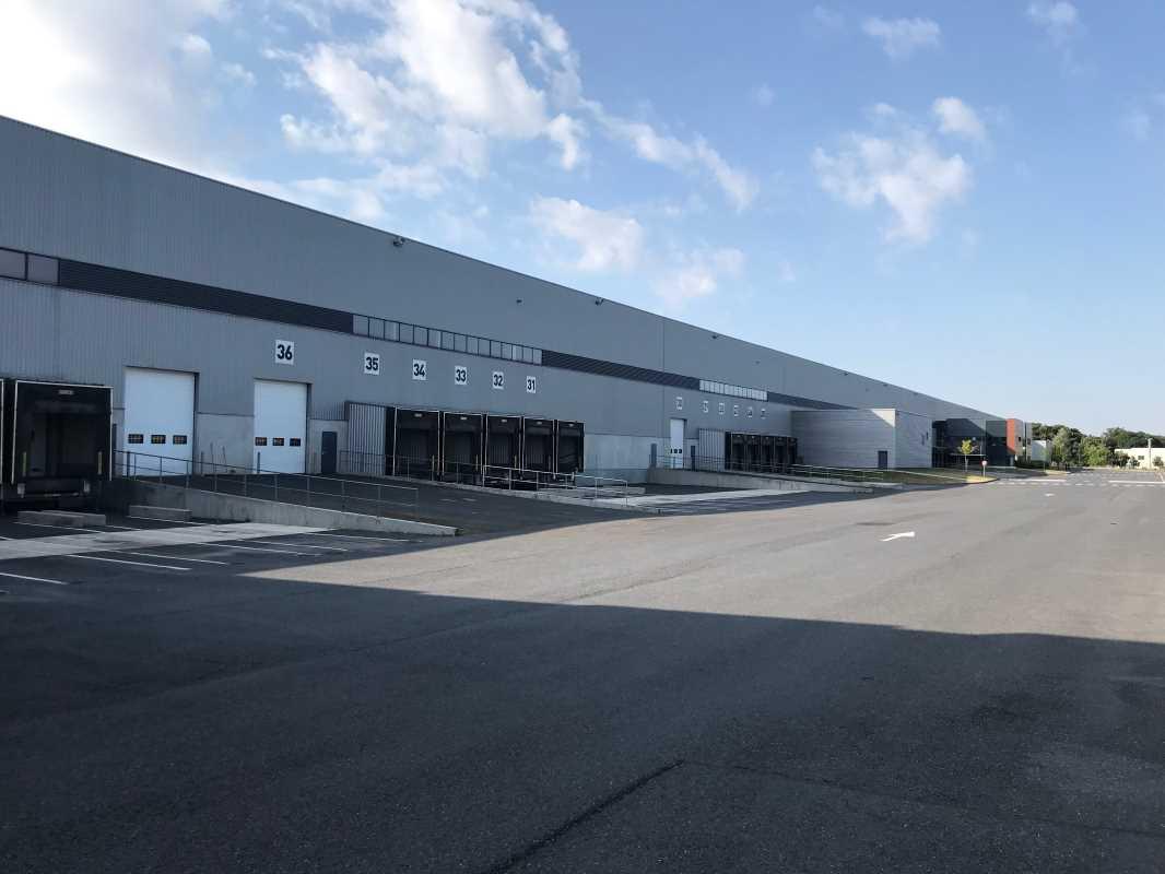 Photo du bien :  à Louer Entrepôt et Bureaux 77170 BRIE COMTE ROBERT offre 821582