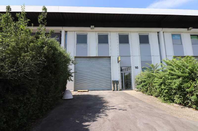 Photo du bien :  à Louer Locaux d'activité 91090 LISSES offre 825850