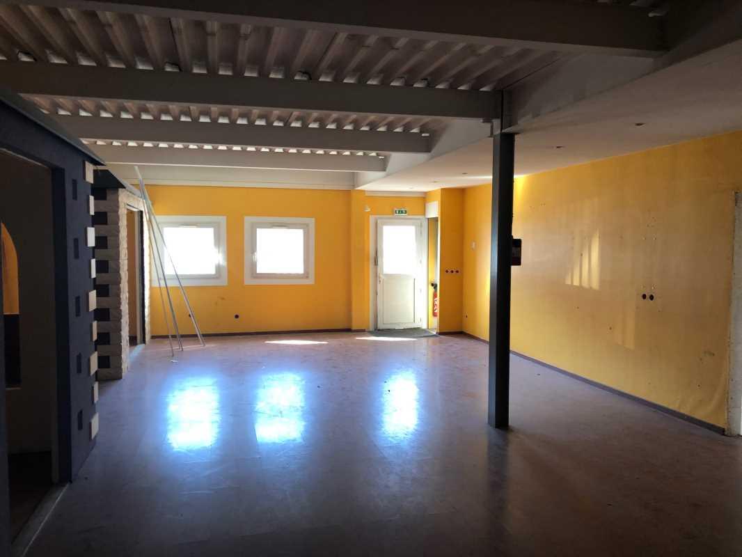 Photo du bien :  à Louer Locaux d'activité 95130 FRANCONVILLE offre 826770