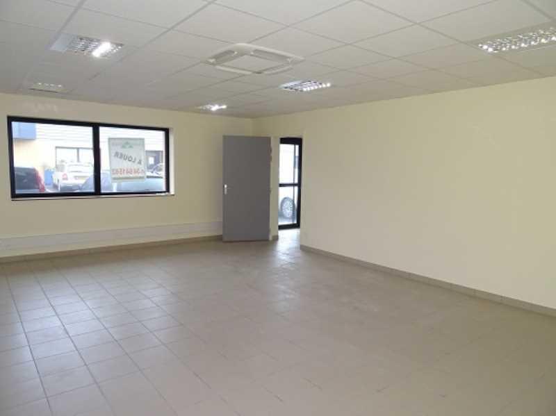 Photo du bien :  à Louer Locaux d'activité 95300 ENNERY offre 828566