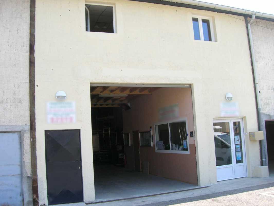 Photo du bien :  à Louer Locaux d'activité 95340 PERSAN offre 829797