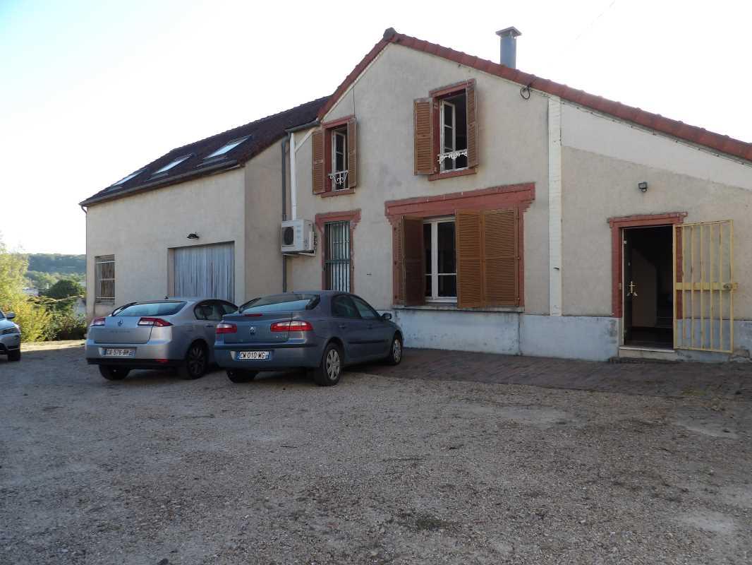 Photo du bien :  à Louer Bureaux et Activités 78200 MANTES LA JOLIE offre 832660