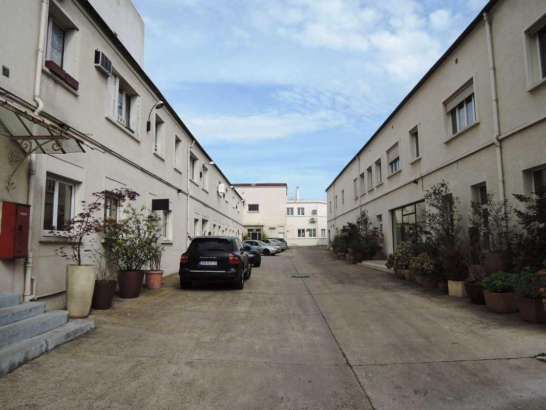 Photo du bien :  à Louer Locaux d'activité 93100 MONTREUIL offre 833859