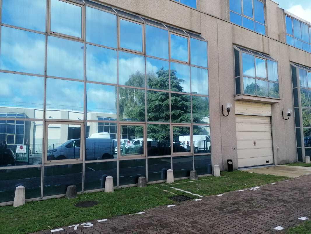 Photo du bien :  à Louer Bureaux et Activités 95870 BEZONS offre 840832