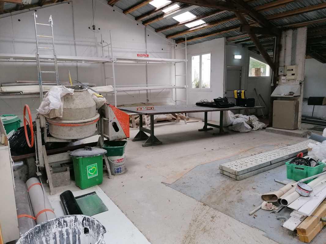 Photo du bien :  à Louer Locaux d'activité 95390 SAINT PRIX offre 840879