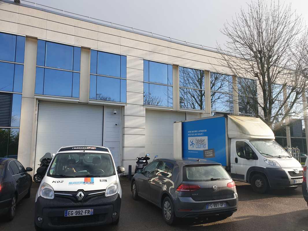 Photo du bien :  à Louer Bureaux et Activités 92000 NANTERRE offre 841321