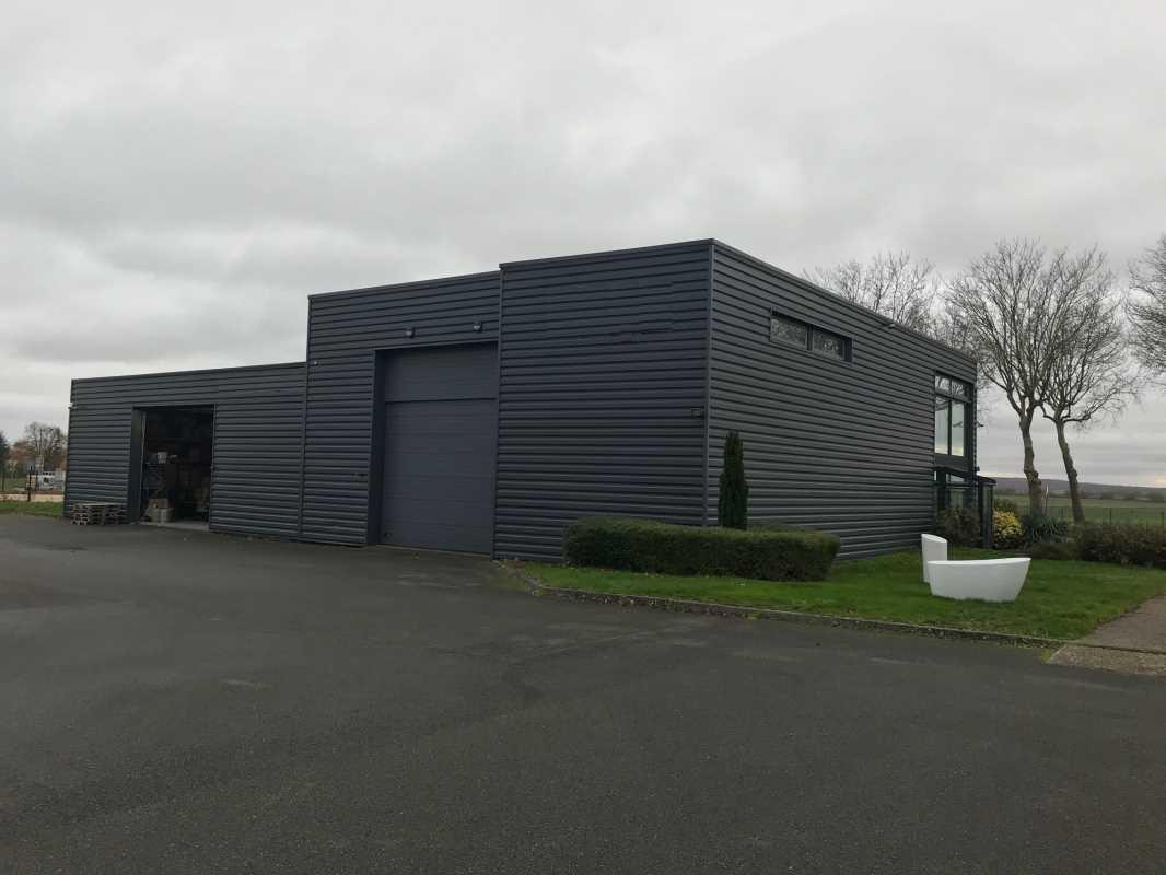 Photo du bien :  à Louer Locaux d'activité 78550 HOUDAN offre 843757