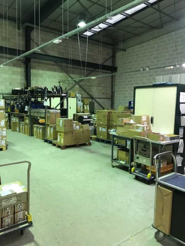 Photo du bien :  à Louer Locaux d'activité 94430 CHENNEVIERES SUR MARNE offre(...)