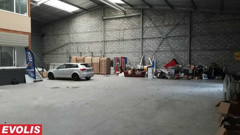 Photo du bien :  à Louer Activités et Bureaux 33127 SAINT JEAN D'ILLAC offre(...)