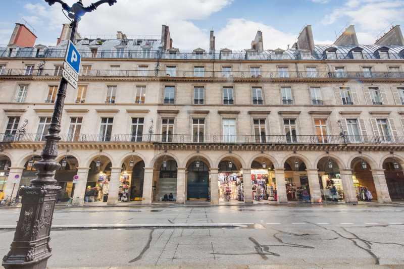 Photo du bien :  à Louer Bureaux 75001 PARIS offre 856244