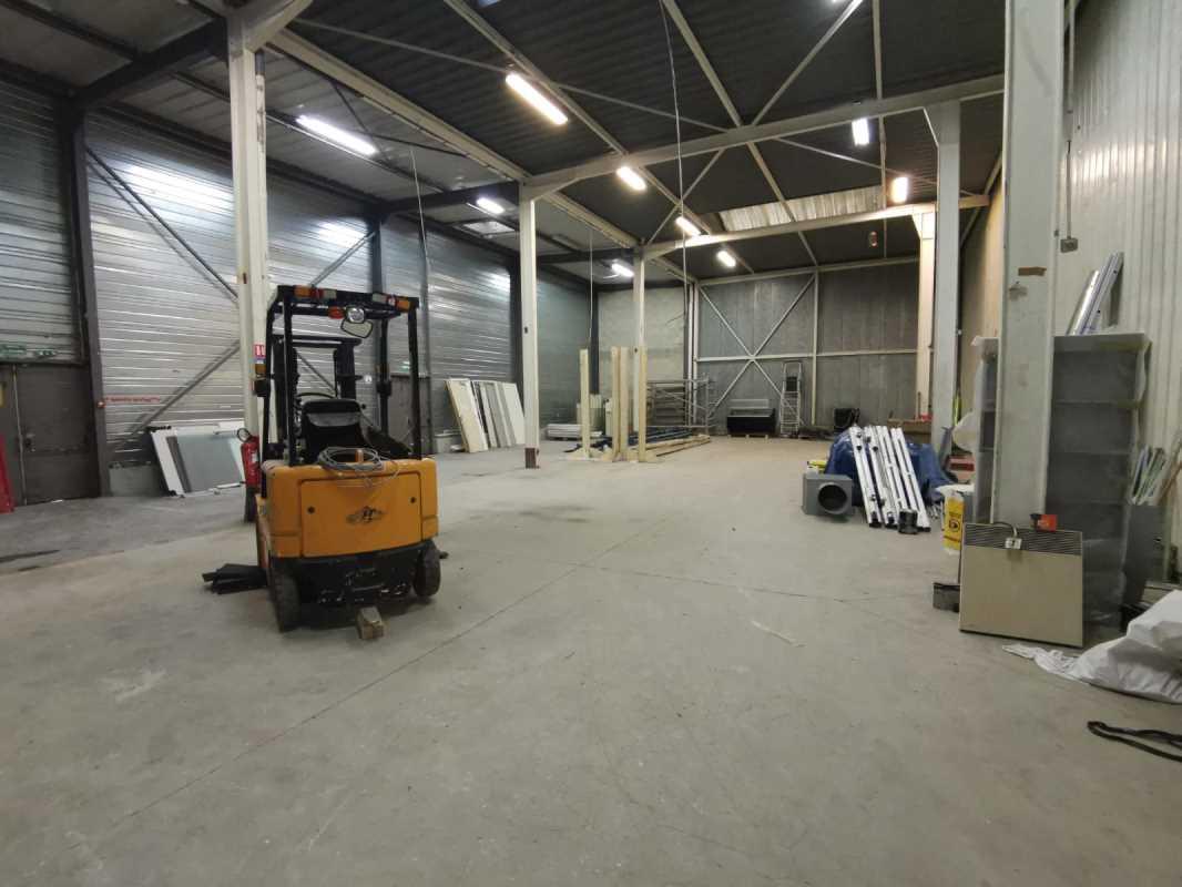 Photo du bien :  à Louer Locaux d'activité 95870 BEZONS offre 856870