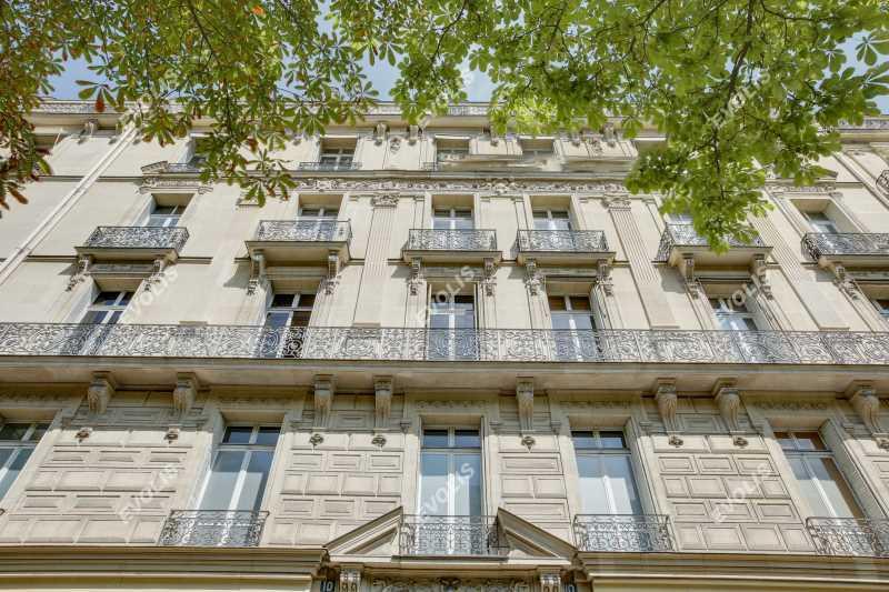 Photo du bien :  à Louer Bureaux 75008 PARIS offre 857299