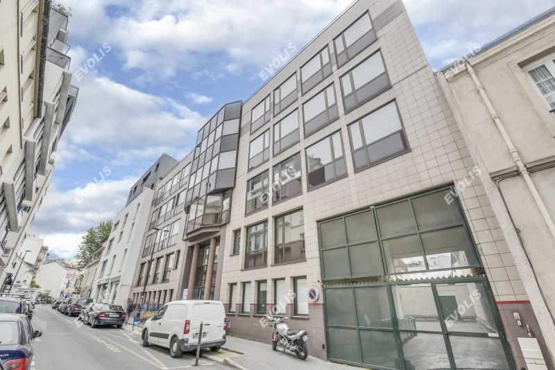 Photo du bien :  à Louer Bureaux 92100 BOULOGNE BILLANCOURT offre 860582