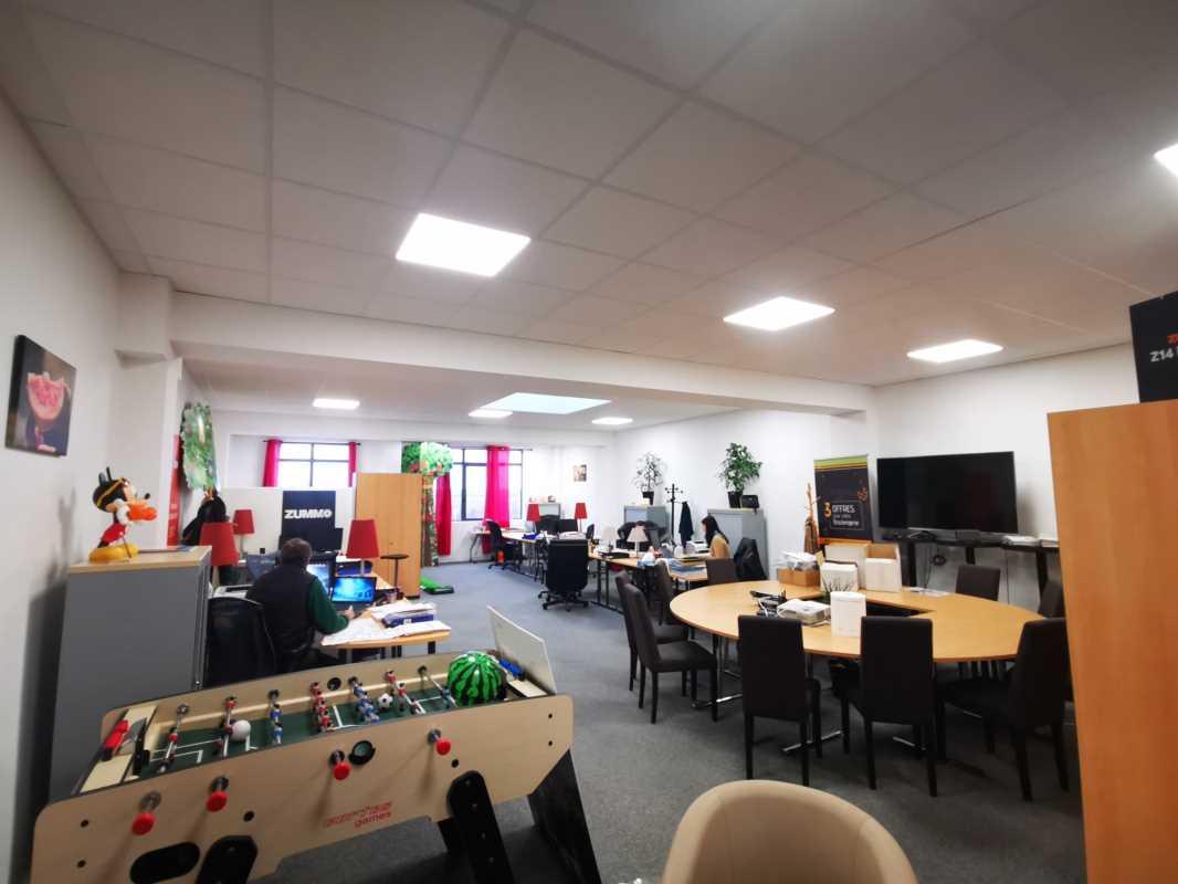 Photo du bien :  à Vendre Locaux d'activité 77700 BAILLY ROMAINVILLIERS offre(...)