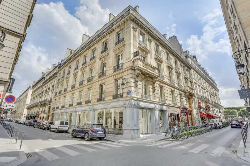 Photo du bien :  à Louer Bureaux 75001 PARIS offre 878928