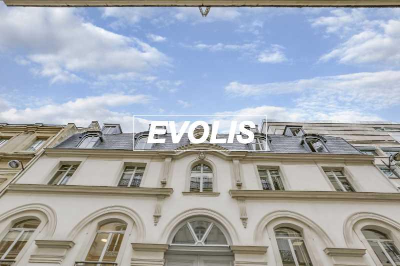 Photo du bien :  à Louer Bureaux 75008 PARIS offre 881555