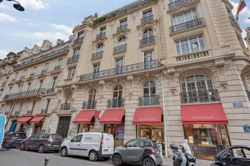Photo du bien :  à Louer Bureaux 75008 PARIS offre 889203