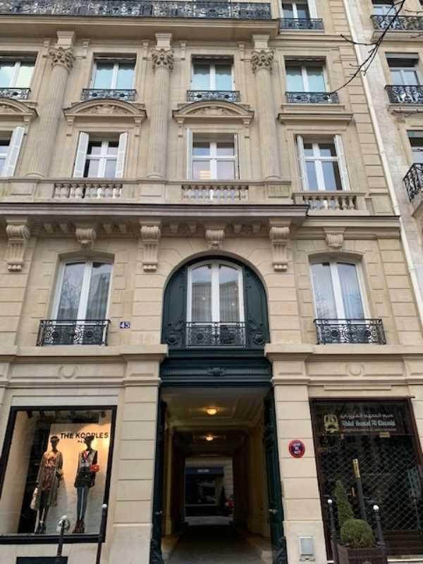 Photo du bien :  à Louer Bureaux 75008 PARIS offre 893862