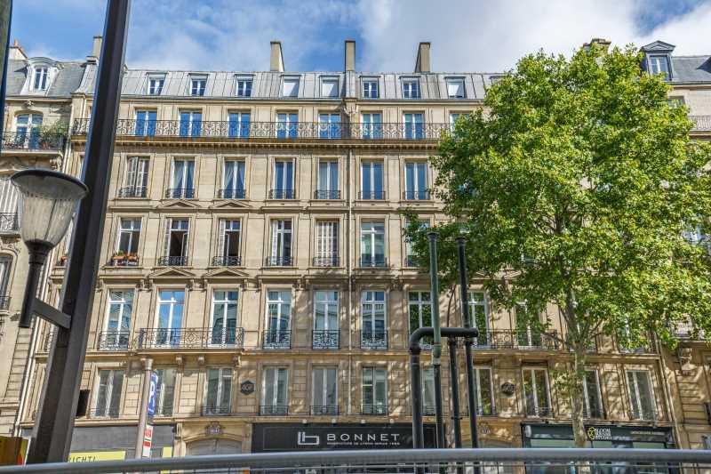 Photo du bien :  à Louer Bureaux 75008 PARIS offre 895457