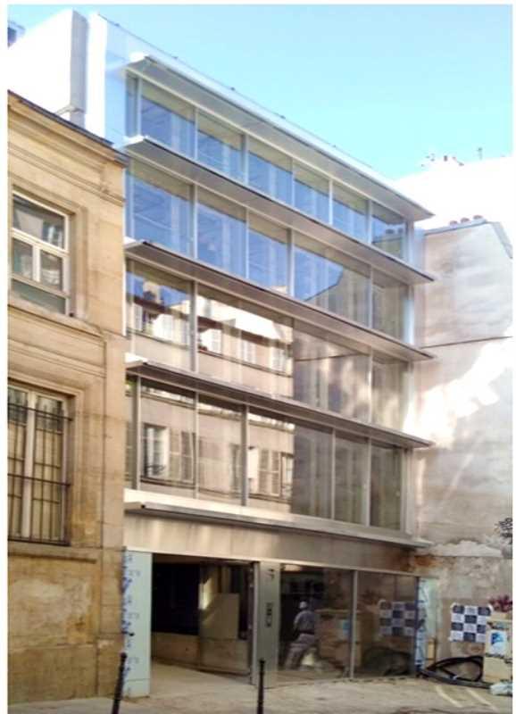 Bureaux de 573 m² À louer à Paris 3e Arrondissement