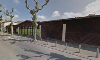 A VENDRE LOCAUX COMMERCIAUX 1 484 M² BEAUMONT DE LOMAGNE
