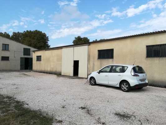 À louer local d'activité 372 m² - Fenouillet